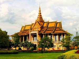 Cambodia Royal Palace | Dr Steven A Martin | The Study Abroad Journal | Education Abroad Asia